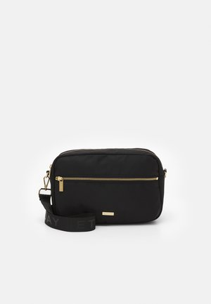 LOGO BAND CAMERA BAG - Across body bag - black