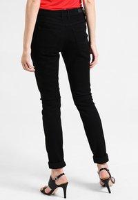 edc by Esprit - HIGH SKIN - Vaqueros slim fit - black rinse - 2