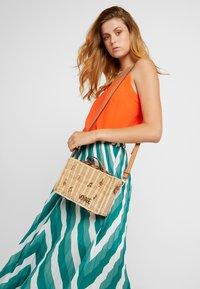 PARFOIS - Handbag - beige - 1