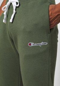 Champion Rochester - CUFF PANTS - Pantaloni sportivi - olive - 6