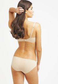 Calvin Klein Underwear - PERFECTLY FIT - Slip - bare - 2