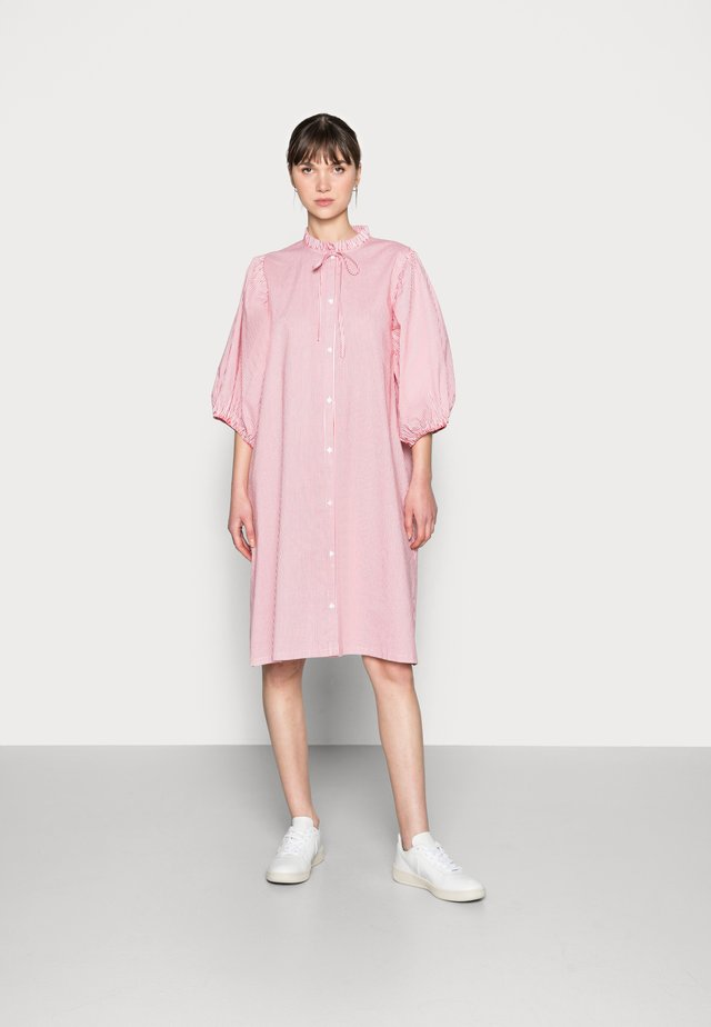 DRESS - Košilové šaty - red