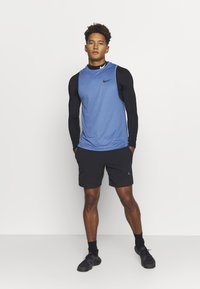 Nike Performance - TANK DRY - Sports shirt - mystic navy/stone blue/heather/black - 0