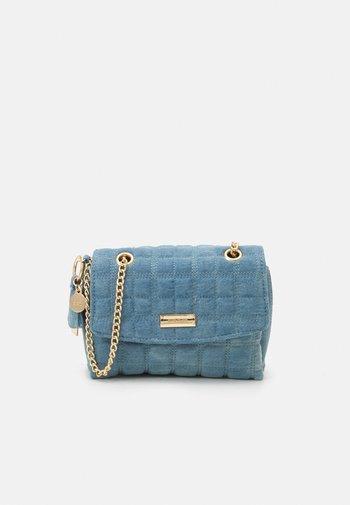 Taška spříčným popruhem - blue