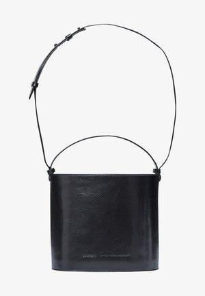 CHAMPAGNE BUCKET - Handbag - glossy black