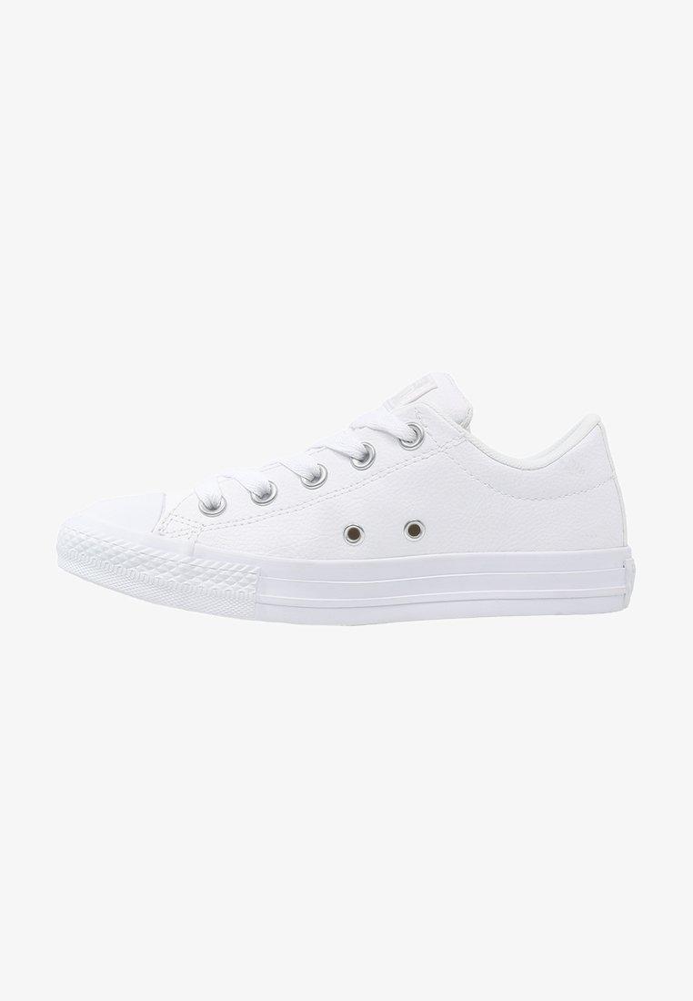 Converse - CHUCK TAYLOR ALL STAR STREET  - Tenisky - white