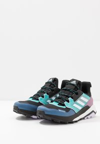 adidas Performance - TERREX TRAILMAKER GORE-TEX  - Løpesko for mark - core black/sky tint/purple tint - 2