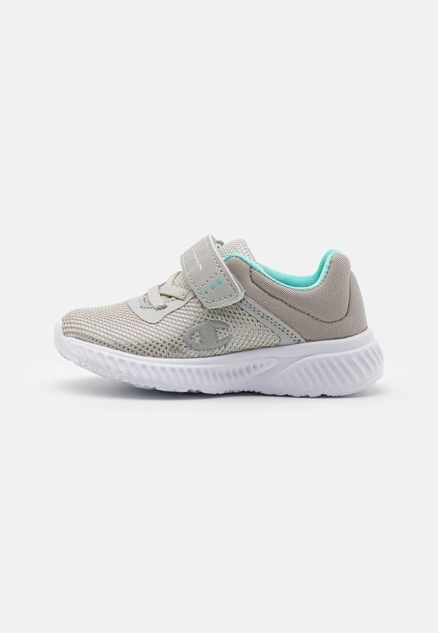 LOW CUT SHOE SOFTY 2.0  UNISEX - Chaussures d'entraînement et de fitness - light grey/turquoise
