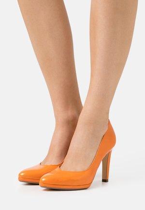 HERDI - High heels - papaya bardy