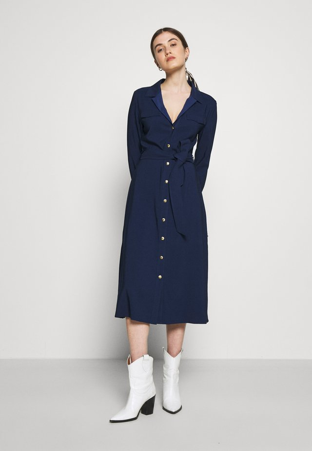 THEA LOU DRESS - Skjortekjole - wavy navy