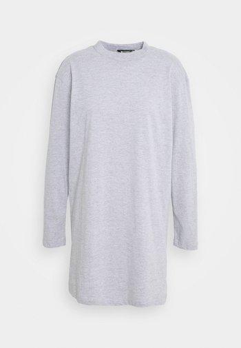 BASIC DRESS