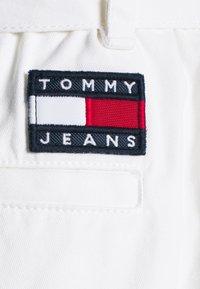 Tommy Jeans - Jupe trapèze - white - 2