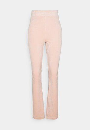FREYA - Tracksuit bottoms - pale pink