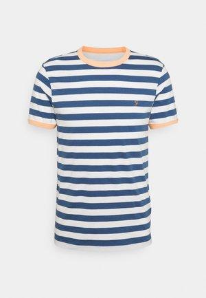 BELGROVE  - T-shirt z nadrukiem - cold metal
