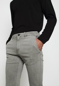 JOOP! Jeans - STEEN - Spodnie materiałowe - beige - 3