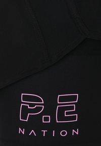 P.E Nation - POINT FORWARD SHORT - Sportovní kraťasy - black - 2