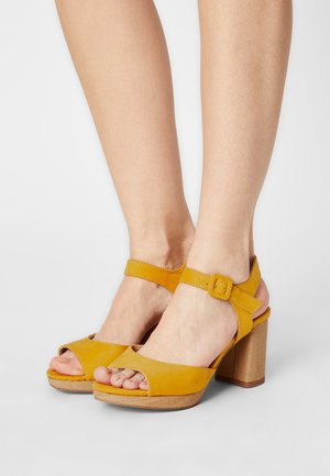 Sandalen - saffron