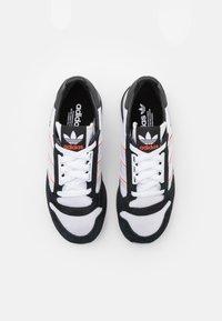 adidas Originals - ZX 500 UNISEX - Matalavartiset tennarit - footwear white/grey/core black - 5
