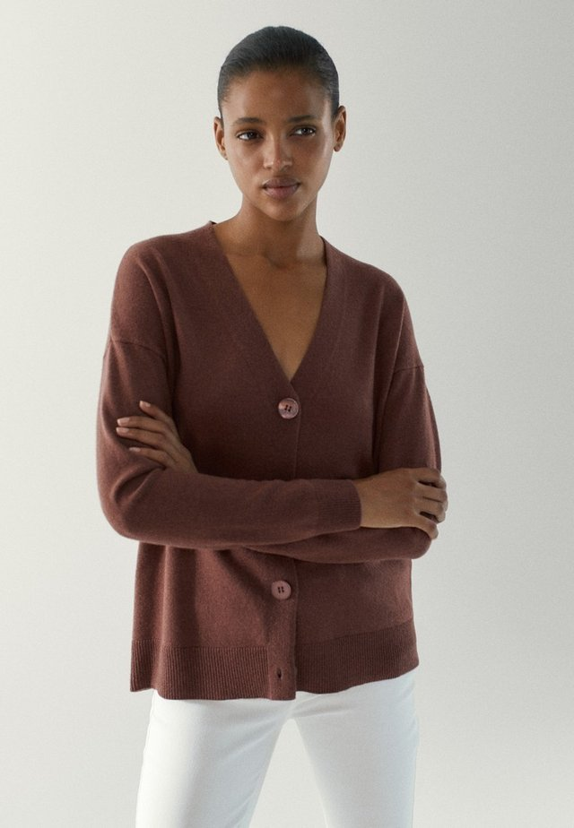 Vest - maroon