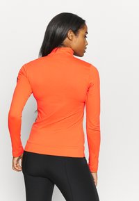 Toni Sailer - WIEKA - Fleece jumper - zesty orange - 2