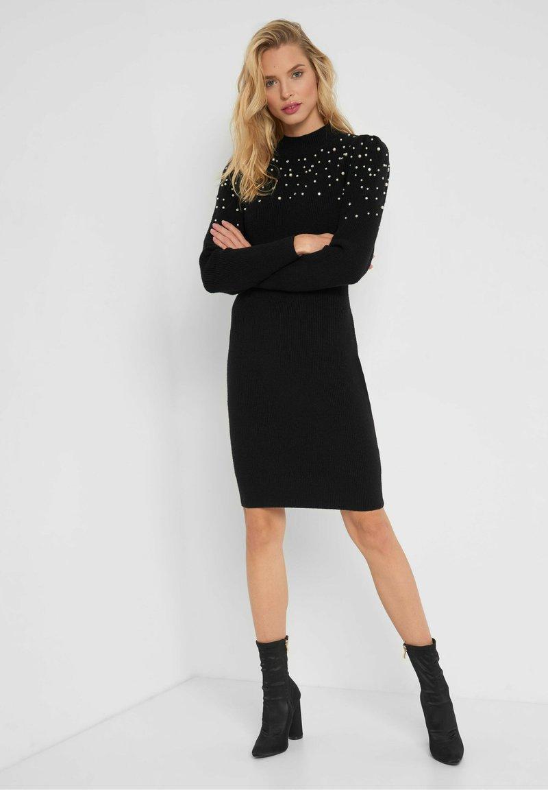 ORSAY - Shift dress - schwarz
