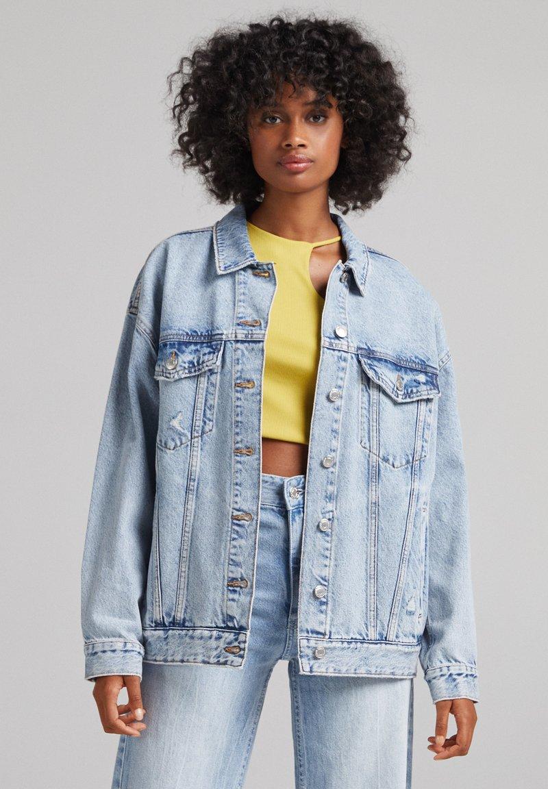 Bershka - Giacca di jeans - light blue
