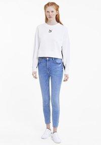 Puma - CLASSICS  - Sweatshirt - white - 1