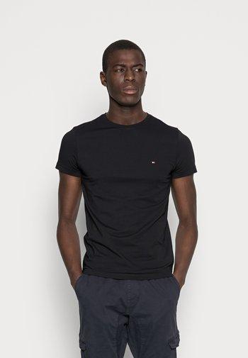 NEW STRETCH TEE C-NECK - Basic T-shirt - flag black