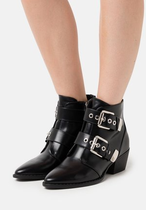 NEW OESTE - Ankle boots - black