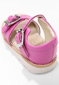Clarks - CROWN BLOOM  - Sandals - pink - 4