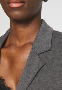 Vero Moda Tall - VMJILLNINA  - Blazer - dark grey melange - 5
