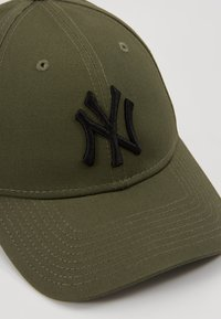 New Era - ESSENTIAL - Cap - olive - 2