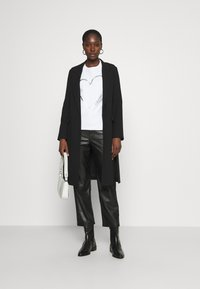 Calvin Klein - VALENTINES CREW NECK - Sweatshirt - bright white - 1