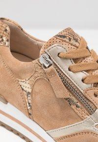 Gabor Comfort - Sneakers - caramel/camel/platin - 2