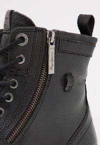 Pepe Jeans - MELTING ZIPPER NEW - Bottines à lacets - black - 5