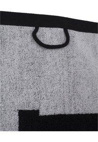 Urban Classics - 2-TONE - Beach towel - black/white - 4
