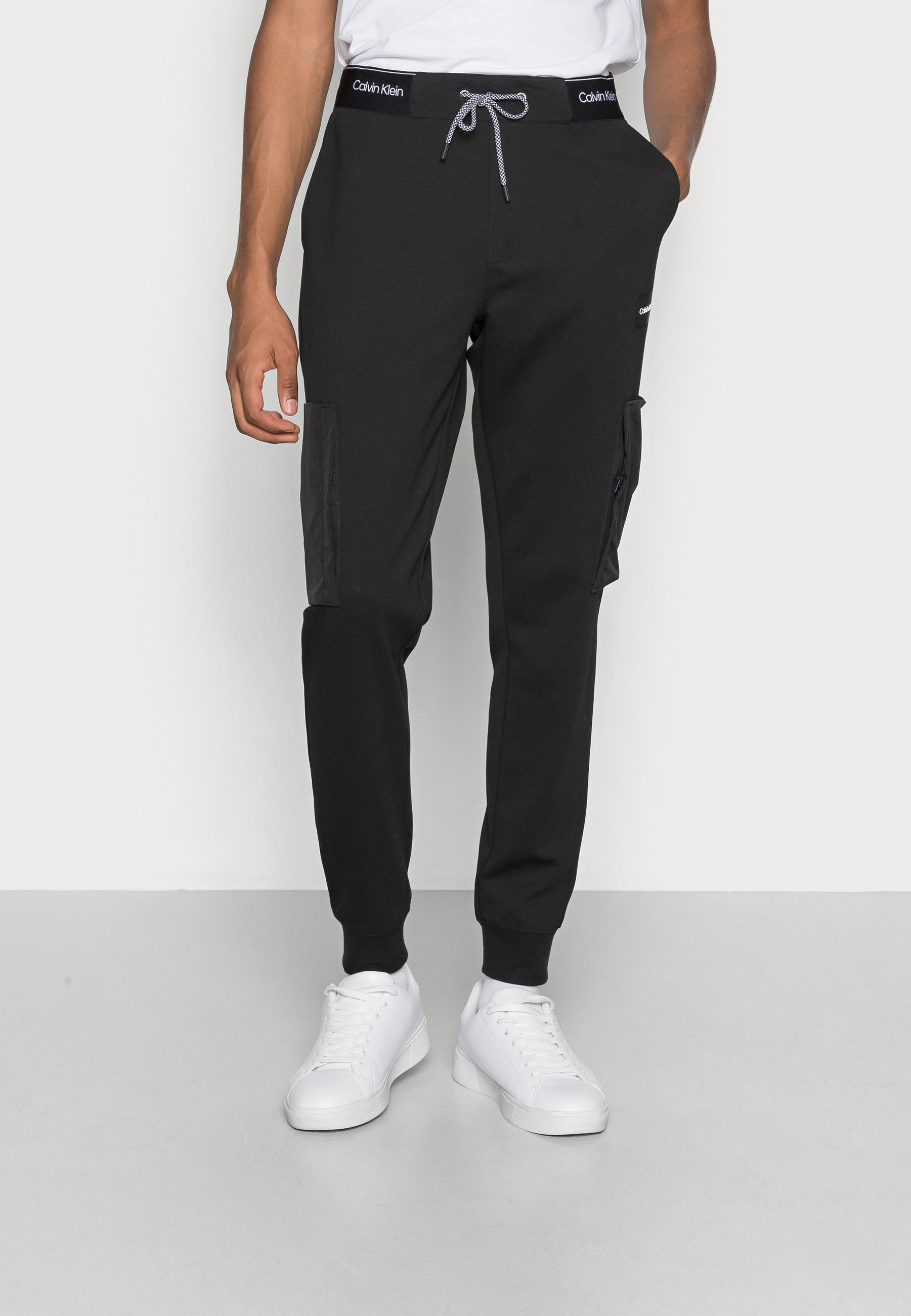 Men RECYCLED MIX MEDIA - Tracksuit bottoms
