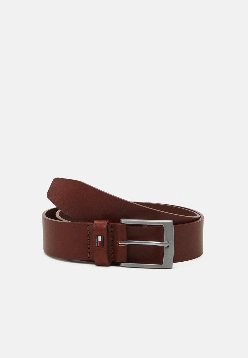 Tommy Hilfiger - ADAN GIFTBOX - Belt - brown