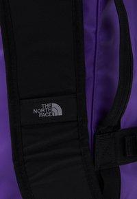 The North Face - BASE CAMP DUFFEL - XS - Sports bag - peakpurple/black - 6