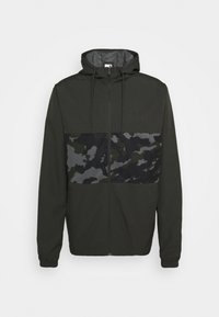 Under Armour - SPORTSTYLE WIND CAMO - Træningsjakker - baroque green/black - 5