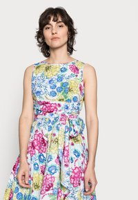 Thought - TABITHA TIE WAIST FLARE DRESS - Day dress - white - 3