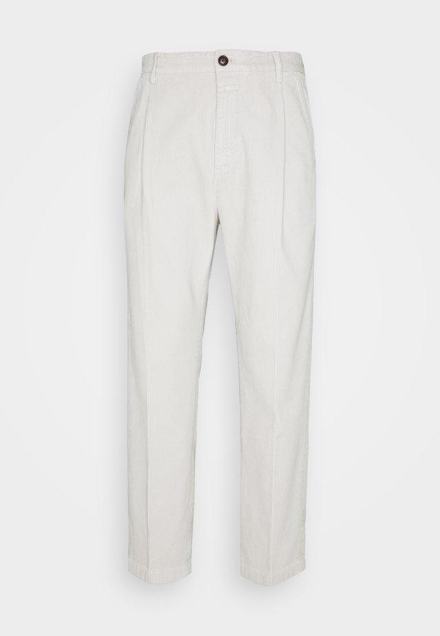 BOSTON - Pantaloni - grayness