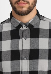 Only & Sons - ONSGUDMUND CHECKED - Shirt - griffin - 5