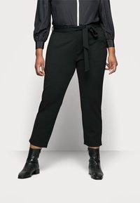Anna Field Curvy - Chino kalhoty - black - 0