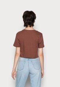 adidas Originals - CROPPED TEE - Basic T-shirt - earth brown - 2