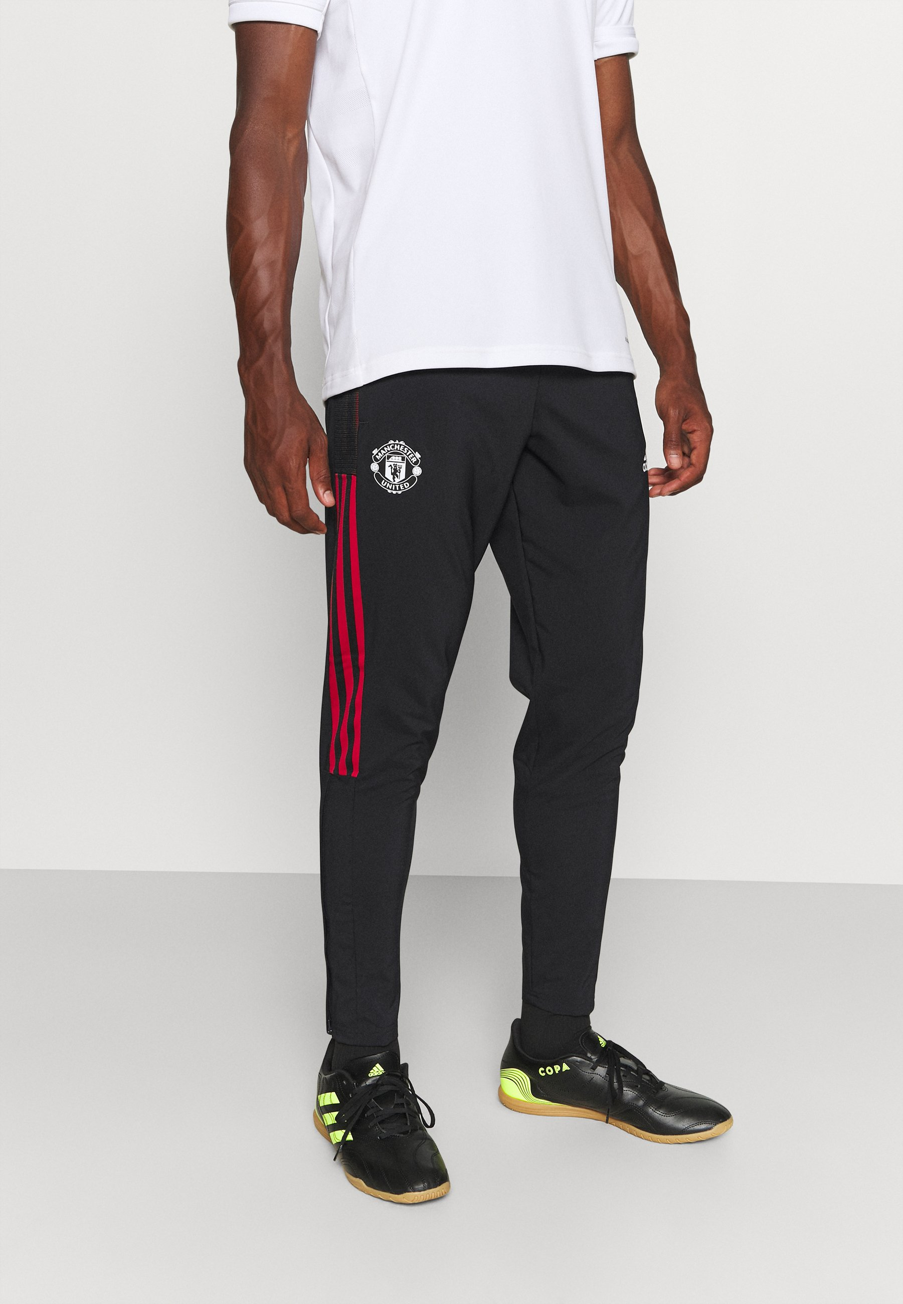 Homme MANCHESTER UNITED PRE PNT FOOTBALL AEROREADY PANTS - Article de supporter