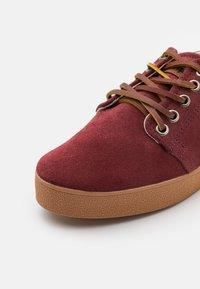 Pompeii - HIGBY UNISEX - Sneakersy niskie - marron/caramel - 5