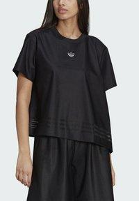 adidas Originals - Print T-shirt - black - 5
