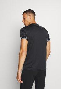 Ellesse - ALENTE - Camiseta estampada - black - 2