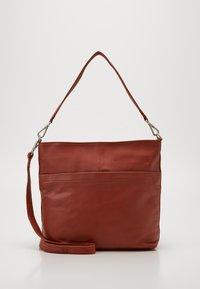 Still Nordic - ANOUK  - Handbag - picante - 0